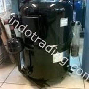 kompressor Daikin tipe 3T55da-ye  (10pk)