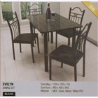 Selling Dining Table Vittorio Evelyn Set