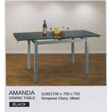 Meja Makan Vittorio Amanda