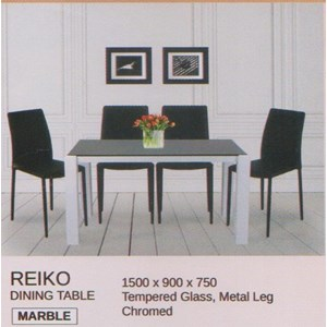 Meja Makan Vittorio Reiko