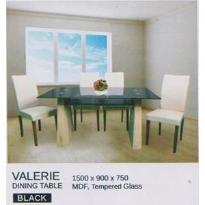 Meja Makan Vittorio Valerie