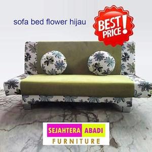 kursi ruang keluarga warna hijau merk SAF