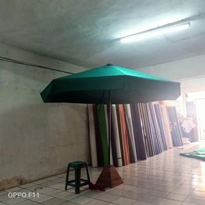 Dari Payung taman jati. 1