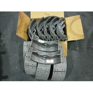 Kampas Rem Belakang Shoe Assy Rear Brake Nissan Cwa260
