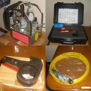Set Hydraulic Torque Wrench