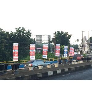 Pasang Umbul umbul murah Manado By CV. Satu Satu Media Advertising