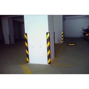 CORNER GUARD TYPE R06 / Rubber Wall Corner Protector / Alat Safety Lainnya