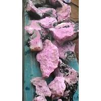 Ruby Pink Lebong