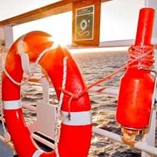 Man Overboard Bersertifikat