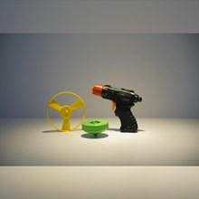 Mainan Plastik Pistol Gang Sing