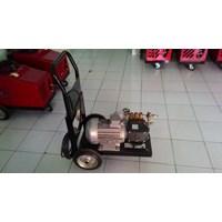 Jual Pompa Hydrotest 250 Bar - Pompa Tiga Piston Tekanan Tinggi