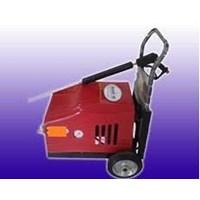 Distributor Pompa Steam Water Jet 250 Bar - Membersihkan Kotoran Membandel 3