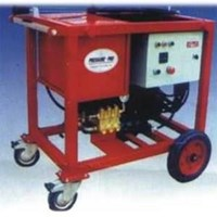 Pompa hydrotest 350 bar 17 LM - Pressure Pro Hydrotest 1