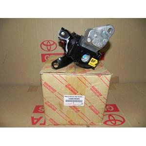 INSULATOR S A ENGINE MOUNTING  RH 12305-0D061