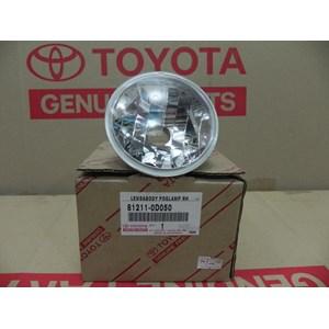 LENS & BODY FOG LAMP RH 81211-0D050