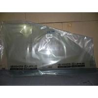GLASS S A FR DOOR RH 68111-0B010