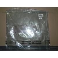 GLASS S A RR DOOR RH 68113-0B010