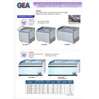 Sliding Curve Glass Freezer (Alat Alat Mesin) 1