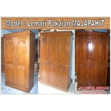 Lemari Pakaian Model MAJAPAHIT
