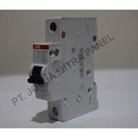 Distributor MCB / Miniature Circuit Breaker  2A 1PHASE ABB 3