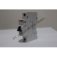 Beli MCB / Miniature Circuit Breaker  4A 1 PHASE ABB 4