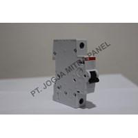 Sell MCB / Circuit Breaker 32A 1P ABB 2