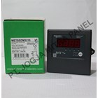 Digital Voltase Meter METSEDM3210 Schneider 2