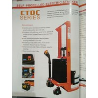 Propelled Electric Stacker