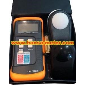 lX1330B Sanfix Lux Meter