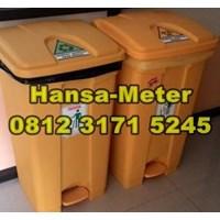 Jual Tempat sampah 80 Liter kuning dengan pijakan