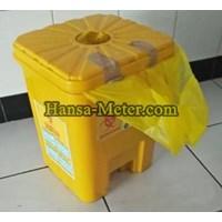 Tempat Sampah 18 liter pijakan