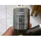 injector excavator caterpillar 320D 3