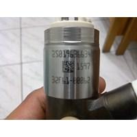 Distributor injector excavator caterpillar 320D 3