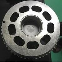 Dari Silinder Hidrolik BLOK Pump Swing KOBELCO SK480-8 1