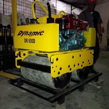 BABY ROLLER DORONG MESIN DISEL DYNAMIC RS 600D