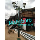 Tiang Lampu Antik Jalan Malioboro 1