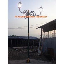 Tiang Lampu Antik Jungle Land