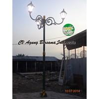 Tiang lampu jalan PJU Dekoratif