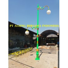 Pole of Antique Decorative Street Public Lighting