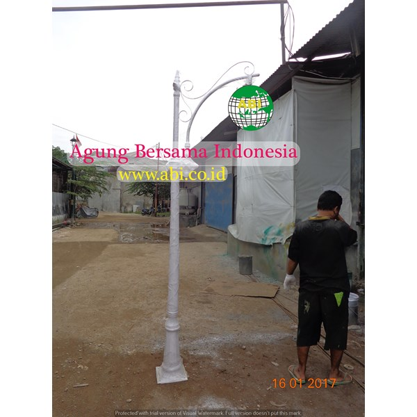 TIANG LAMPU TAMAN MURAH SINGLE ORNAMEN