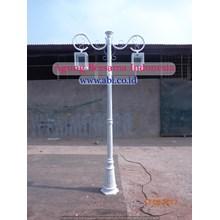 PARK PARK LAMPS ANTIK