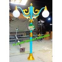 KATEGORI TIANG LAMPU ANTIK