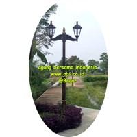 Tiang Lampu Antik Sriwedari