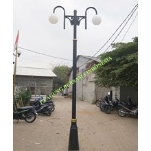 MODEL TIANG LAMPU ANTIK