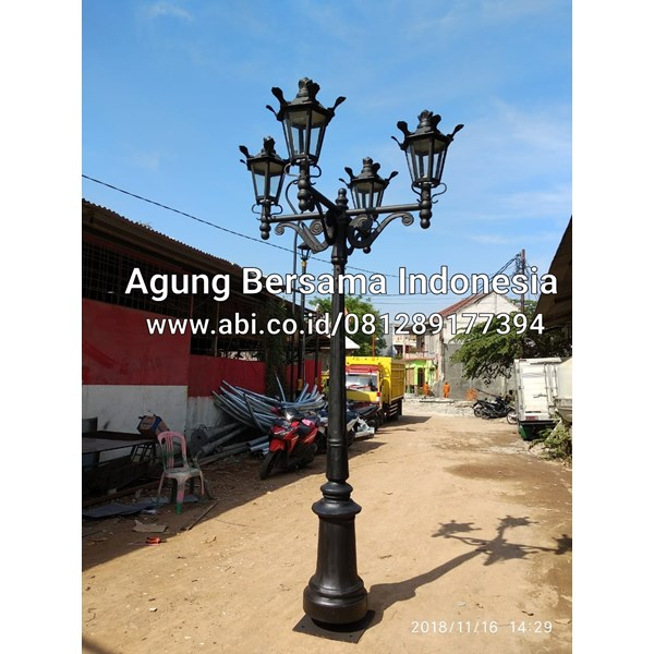 Contoh Warna Tiang Lampu Antik
