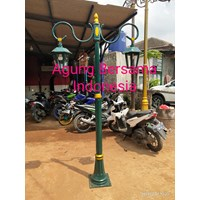 Antique Decorative Light Poles