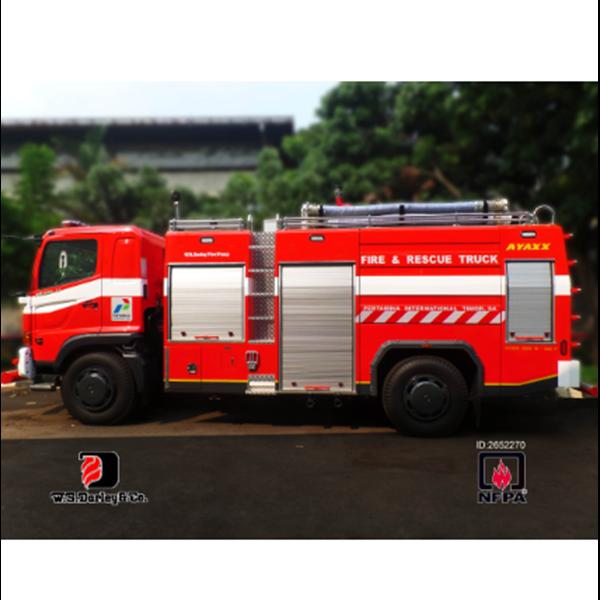 Mobil Pemadam Kebakaran AYAXX 5000 Liter