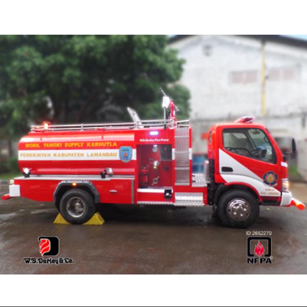 Mobil Pemadam Kebakaran Water Supply AYAXX