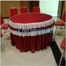 Taplak Meja Bulat Warna Merah