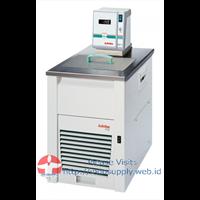 F33-EH Refrigerated Heating Circulator 1